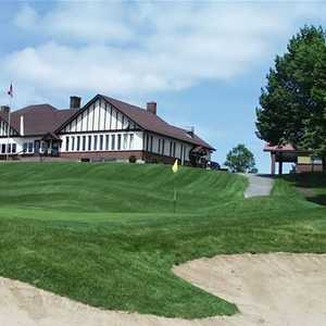 Renfrew GC: #18 & clubhouse