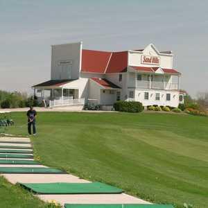 Sand Hills Golf Resort: Driving range