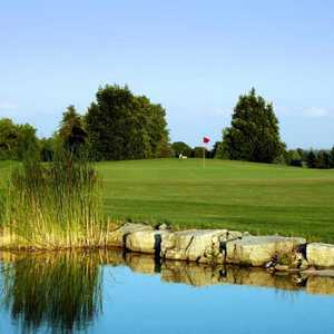 Banty's Roost GCC - Red
