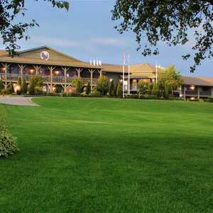 Eganridge Inn & Spa: clubhouse